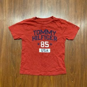 5/20 Tommy Hilfiger boys size 6 red tee shirt